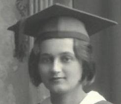 Gebo HS graduation 1930 Mileva back row on right