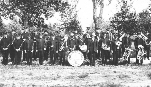 Gebo Miners Band undated